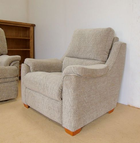 Albany Manual Reclining Armchair